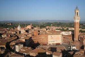 640px-PiazzadelCampoSiena
