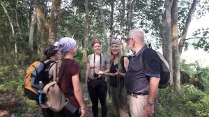 erkennt Indesign nicht an_Studentengruppe mit Prof. Dr. Warndorf und Petra Pachner